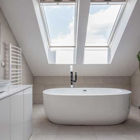 modern bathroom with bath tub